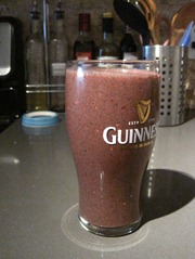 berry kale smoothie